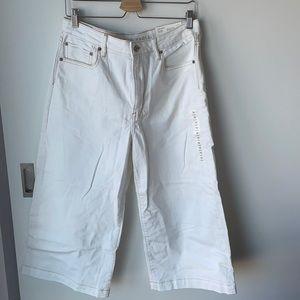 AEO wide leg white jeans